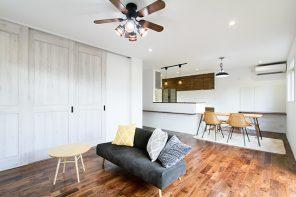 ガルバリウム外壁×無垢床のこだわりヴィンテージハウス ハーバーハウス燕三条支店