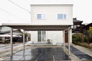 ホワイト外壁×グリーン屋根のぬくもりのある家 ハーバーハウス燕三条支店